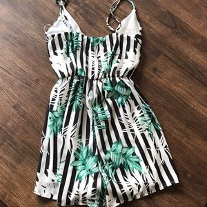 Everly Pants - Everly CUTEST Romper Black & White Small NWOT
